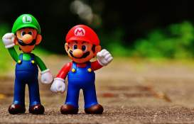 mario-luigi-figures-funny-preview